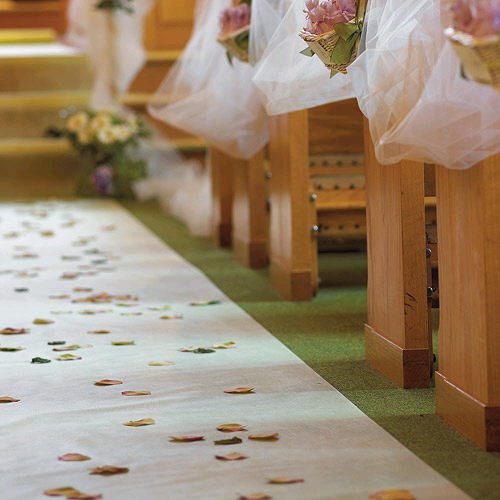 Where to find 25  AISLE WHITE AISLE RUNNER in Duluth